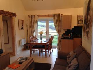2 bedroom Cottage with Deck in Dufftown - Dufftown vacation rentals