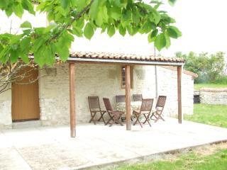 La Girarderie,Lieu dit ,La Belle Indienne,Serigny - Serigny vacation rentals