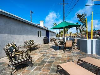 4601 W. Balboa - 3 Bed  2 Bath Single Family Home - Newport Beach vacation rentals