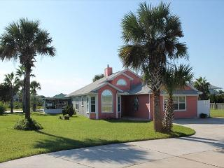 Sunset Harbor, 3 Bedroom, 2 Bath, Private Pool, Hot Tub, Pet Friendly - Crescent Beach vacation rentals