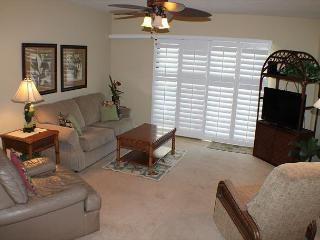Summerhouse, Ocean View - Ground Floor - 2 Bedroom, 2 Bath, Wifi, Flat Screen - Crescent Beach vacation rentals