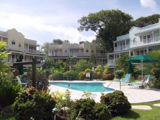 Margate Gardens opp Beach, Boardwalk. Bars, Restau - Hastings vacation rentals