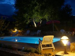 2P INDEPENDANT - Rez-de-Villa Piscine chauffée 30° - Haute-Corse vacation rentals