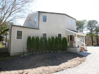 3 bedroom House with Internet Access in Southampton - Southampton vacation rentals