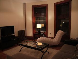 3 bedroom garden apartment - New York City vacation rentals