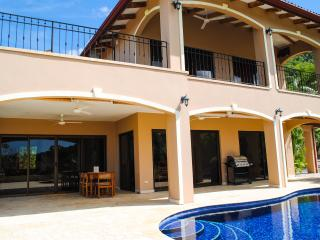 3 bedroom House with Internet Access in Playa Flamingo - Playa Flamingo vacation rentals