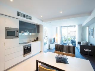 One BR Apt at H Residences Surfers Paradise - Surfers Paradise vacation rentals