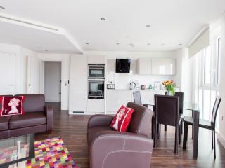 MoLi Altitude Point 1 Bed in the area of Aldgate - London vacation rentals