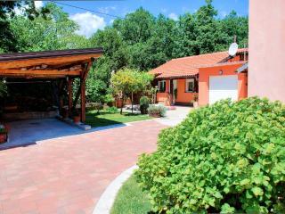 Garden House Matulji - Matulji vacation rentals