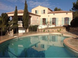 Beautiful villa, panoramic view - Le Beausset vacation rentals