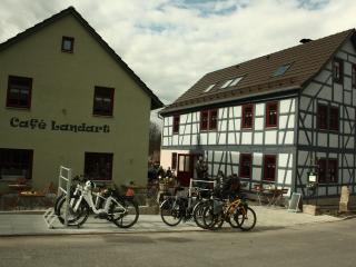 Café Landart Ferienwohnung Tenne - Plaue vacation rentals