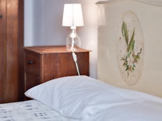 NEW: Galileo apt - Florence vacation rentals