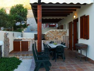 Nice Cave house with Deck and Internet Access - Macari vacation rentals