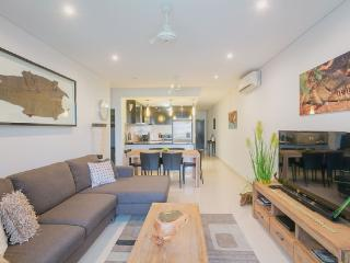 Luxury living in the heart of the city - Darwin vacation rentals