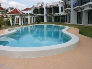 Phoenix Villa Resort - Pattaya - Jomtien Beach vacation rentals