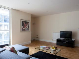 Innovative Design Lanterns Court 1 bedroom  Apt - London vacation rentals
