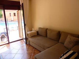 Cozy 2 bedroom Apartment in Benahavis - Benahavis vacation rentals