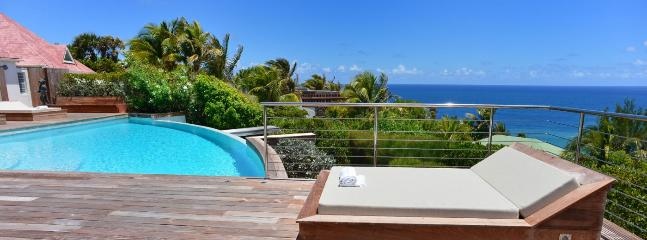 Villa Valentina Property 5 Bedroom SPECIAL OFFER - Image 1 - Pointe Milou - rentals