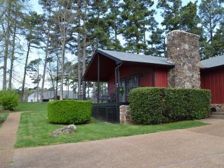 Nice 3 bedroom House in Fairfield Bay - Fairfield Bay vacation rentals