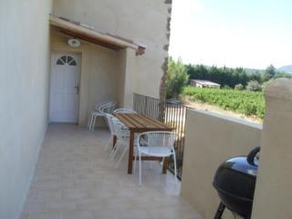Cozy 2 bedroom Gite in Aubignan - Aubignan vacation rentals