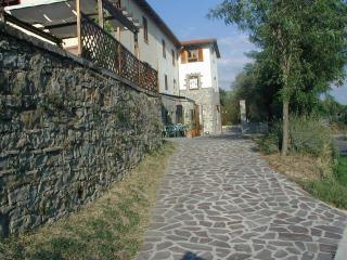 Casa Buccia Ground & First Floor - San Giustino Valdarno vacation rentals