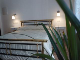 Giulietta nei Sassi affittacamere camera 1 - Matera vacation rentals