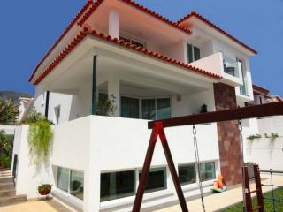 Casa das Martas - 2 a 12 Persons - Funchal vacation rentals