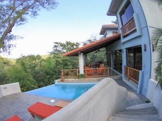 Modern luxury in the tropics of Nicaragua... - Playa Gigante vacation rentals