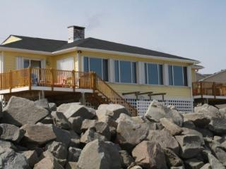 Beach Front House Right On The Water - Carolina Beach vacation rentals