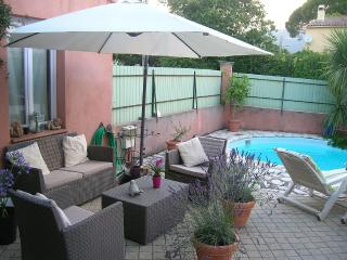 Studio / Guest Room, New, Quiet and Close to Beach - Toulon vacation rentals