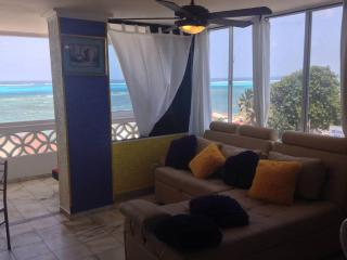 Apartment with Sea View, pool and amazing Location - San Andres vacation rentals