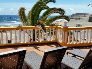 House with large terrace front el medano beach - El Medano vacation rentals