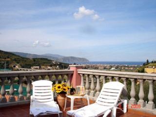 Villa Giuliana - Rodi' Milici vacation rentals
