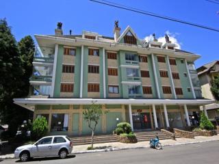 Apartamento Centro Gramado - ótima localização - Gramado vacation rentals