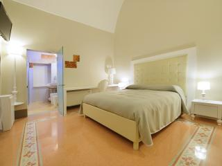 1 bedroom Bed and Breakfast with Internet Access in Galatina - Galatina vacation rentals