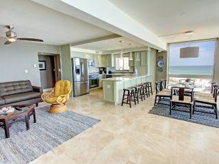 Shoreline Towers 2056-RealJOY FunPass*FREETripIns4NEWFallBkgs*Spectacular Gulf Front Corner-3BR - Destin vacation rentals
