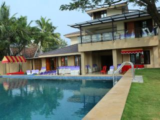ARATT MANSION - A Waterfront Mansion - Kochi vacation rentals