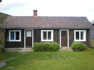 B & B Bruvik Gamle Posthus - Vagamo vacation rentals