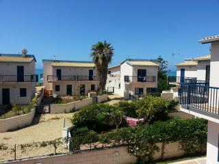 Scoglitti - 2bedrooms detached house - Scoglitti vacation rentals