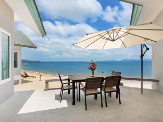 The Moonrakers Beachfront House Koh Samui Thailand - Koh Samui vacation rentals