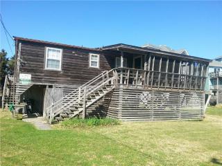 Capt'n Carl's - Hatteras vacation rentals