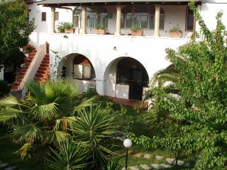 Casa vacanze Eco di mare Appartamento B  4 persone - Vignacastrisi vacation rentals