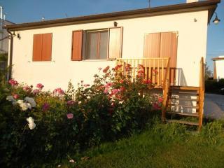 Graziosa casa con giardino a partire da 280 € - Livorno vacation rentals