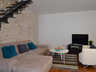 500 year old authentic house for 7 near Split - Kastel Stari vacation rentals