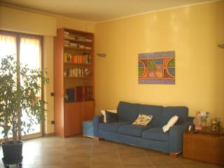 2 bedroom Apartment with Internet Access in Cornaredo - Cornaredo vacation rentals