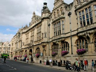 Oxford Town Hall apartment - Oxford vacation rentals