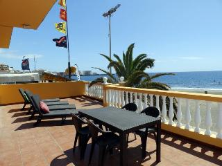 Spacious house in front of the Medano Beach (wifi) - El Medano vacation rentals