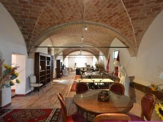 Podere Scannelli Camera Matrimoniale 02 - Montalcino vacation rentals