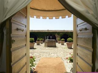 Podere Scannelli Camera Matrimoniale 03 - Montalcino vacation rentals