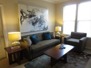 Lux Providence 2BR w/parking & pool - Providence vacation rentals
